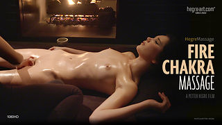 Feuerchakra-Massage
