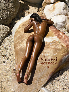 Naomi Hot Rock