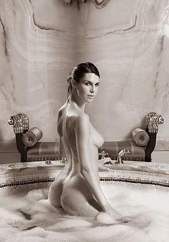 Tuscany Nudes 70
