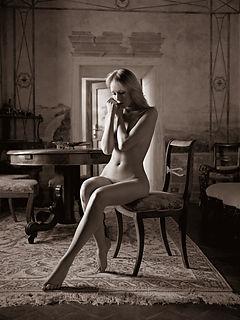 Tuscany Nudes 88