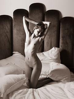 Tuscany Nudes 99